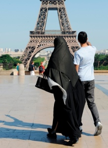 burqa-eiffel