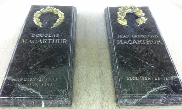 MacArthur Graves
