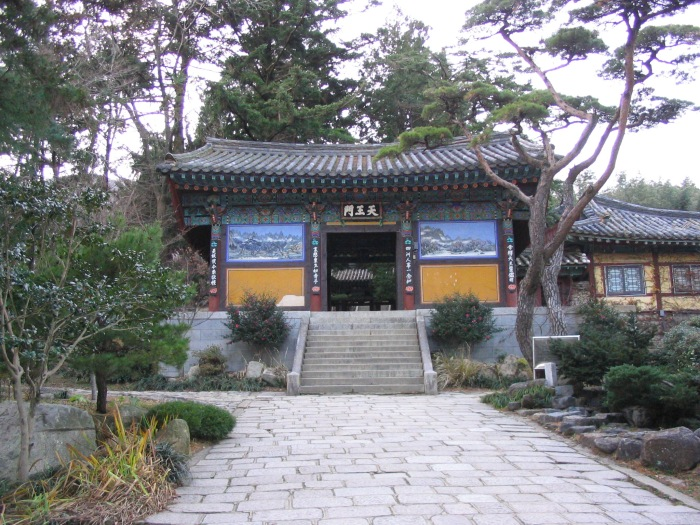 Temple Gate.jpg