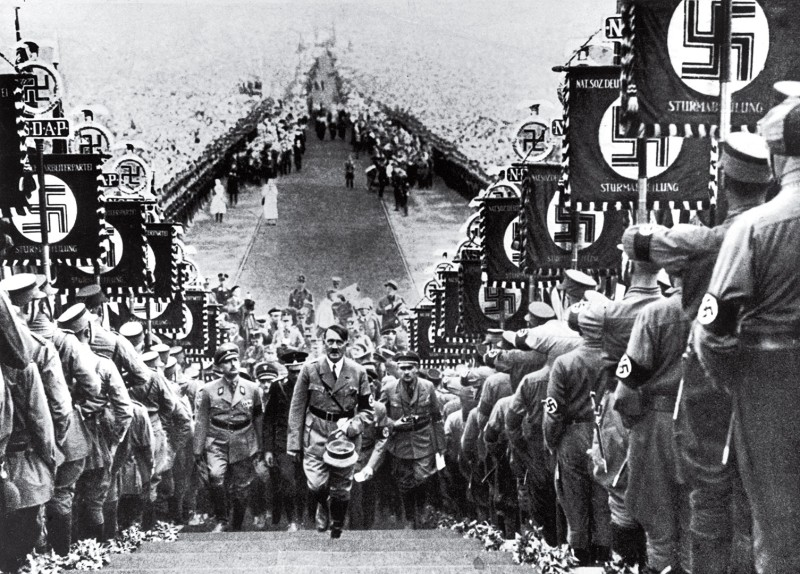 time-100-influential-photos-heinrich-hoffmann-hitler-nazi-party-rally-22.jpg