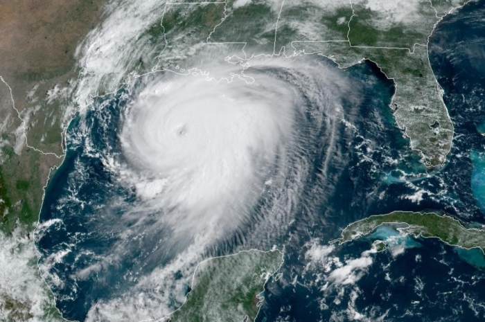 Laura-strengthens-into-major-hurricane-off-US-Gulf-Coast